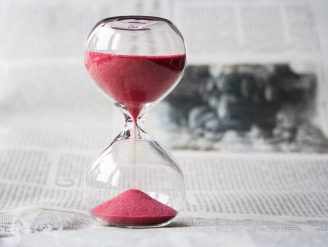 glass-hourglass-hours-39396.jpg